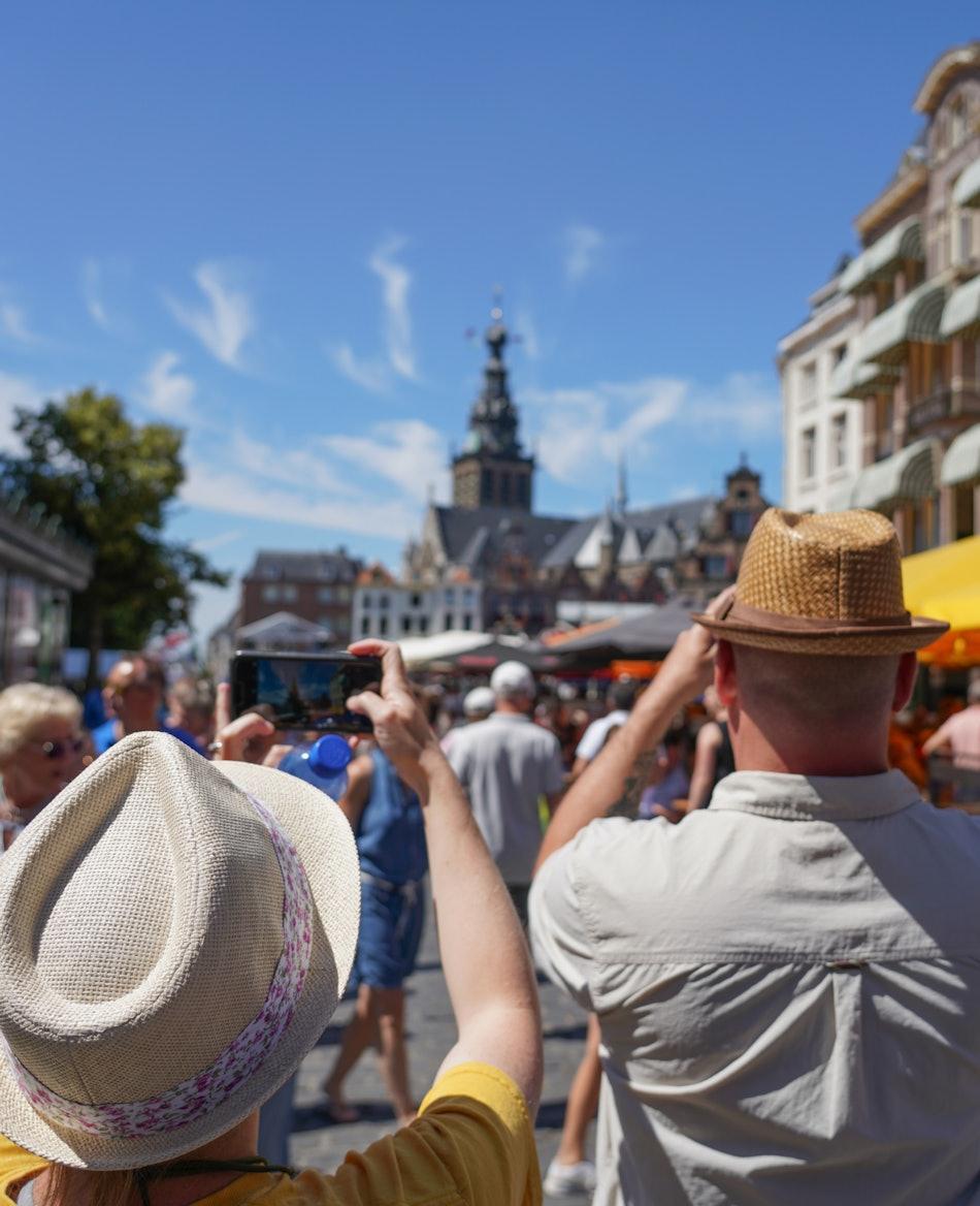 Placeholder for 15 07 2018 Sfeer Grote Markt Jan Willem de Venster 1